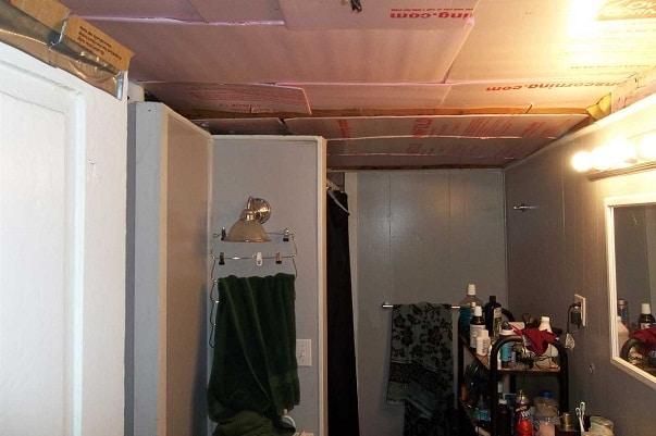 dilapidated bathroom